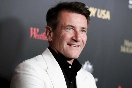 <div class='meta'><div class='origin-logo' data-origin='AP'></div><span class='caption-text' data-credit='Richard Shotwell/Invision/AP'>Robert Herjavec attends the 2016 G'Day USA LA Gala held at Vibiana on Thursday, Jan. 28, 2016, in Los Angeles.</span></div>
