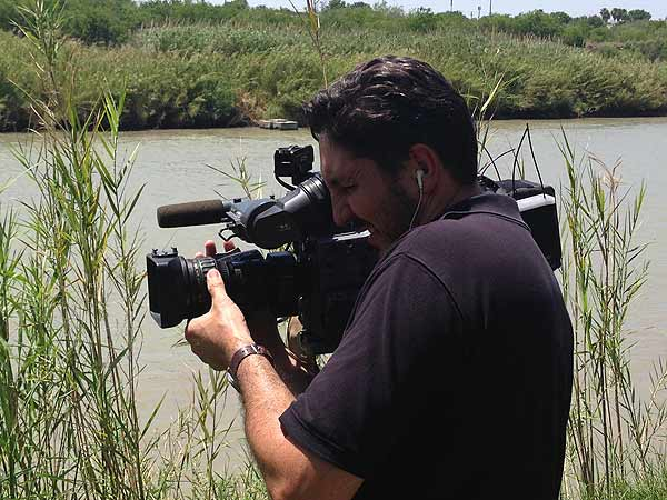 Reporter Ted Oberg and photographer Dave Aguillard are no strangers to the Texas-Mexico border. A few weeks ago they were on the Rio Grande outside Laredo <span class=meta></span>