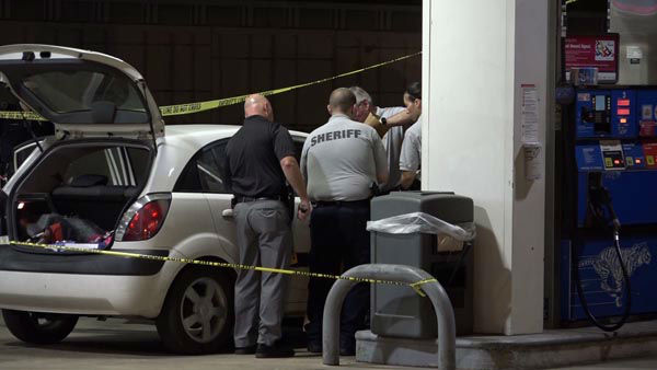 """<div class=""""meta image-caption""""><div class=""""origin-logo origin-image none""""><span>none</span></div><span class=""""caption-text"""">Police say two young children, ages 7 and 8, were home when their mother's boyfriend came inside and murdered her with a machete. (KTRK Photo)</span></div>"""