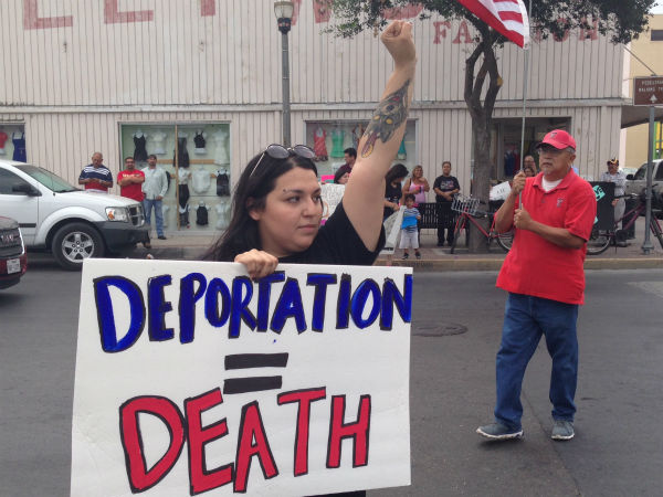 <div class='meta'><div class='origin-logo' data-origin='none'></div><span class='caption-text' data-credit=''>The National Border Convoy,  a group who wants stronger border controls, held a rally Friday at the McAllen bus station while pro-immigration groups demonstrated against them.</span></div>