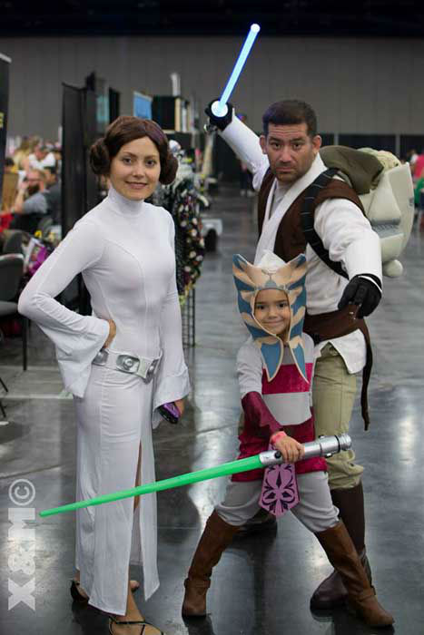 """<div class=""""meta image-caption""""><div class=""""origin-logo origin-image """"><span></span></div><span class=""""caption-text"""">Hundreds of comic book, video game and movie fans dressed up in full costume for the 2014 Amazing Houston Comic Con at the GRB. (KTRK Photo/ XNCosplay)</span></div>"""