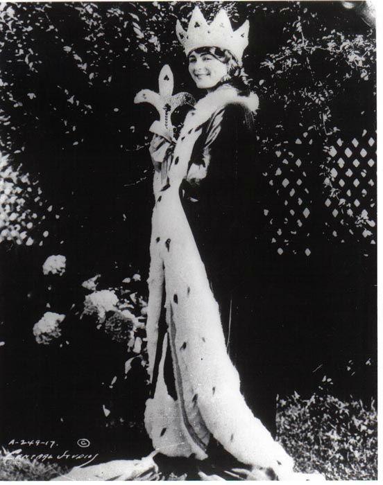 "<div class=""meta image-caption""><div class=""origin-logo origin-image none""><span>none</span></div><span class=""caption-text"">1922 - Mary Katherine Campbell - Columbus, OH  (Photo/Miss America Organization)</span></div>"