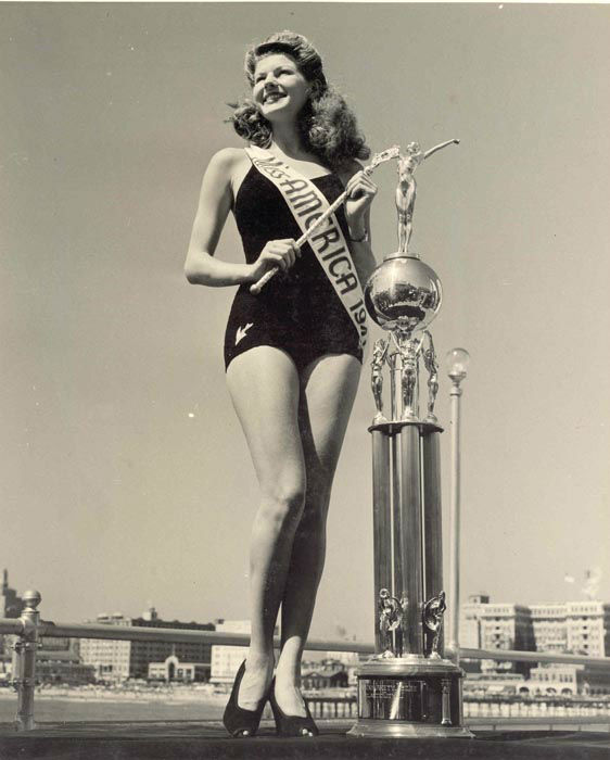 "<div class=""meta image-caption""><div class=""origin-logo origin-image none""><span>none</span></div><span class=""caption-text"">1941 - Rosemary LaPlanche - Los Angeles, CA  (Photo/Miss America Organization)</span></div>"