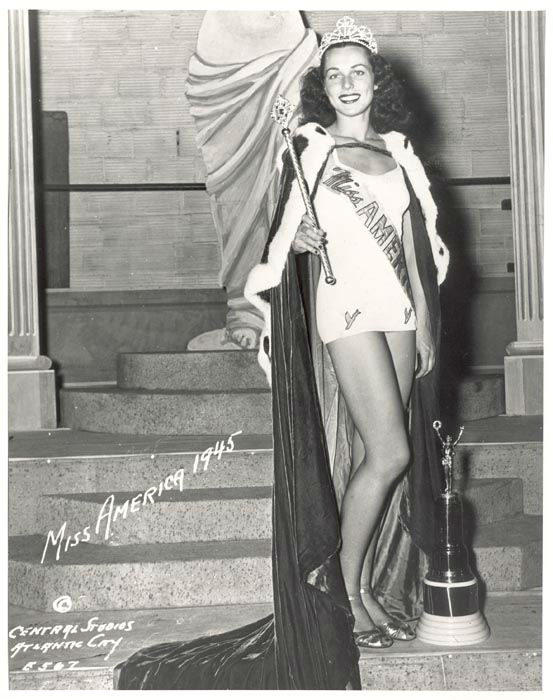 "<div class=""meta image-caption""><div class=""origin-logo origin-image none""><span>none</span></div><span class=""caption-text"">1945 - Bess Myerson - New York, NY  (Photo/Miss America Organization)</span></div>"