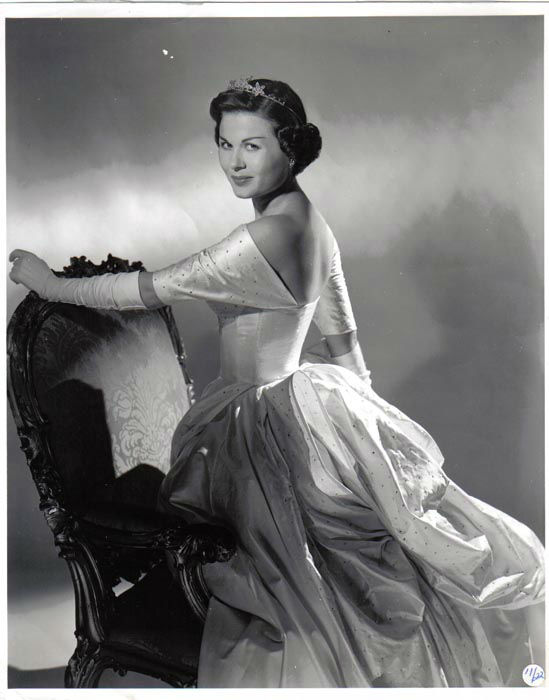 "<div class=""meta image-caption""><div class=""origin-logo origin-image none""><span>none</span></div><span class=""caption-text"">1949 - Jacque Mercer - Litchfield, AZ   (Photo/Miss America Organization)</span></div>"