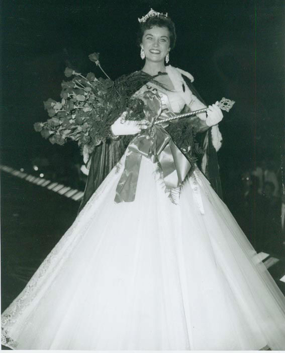 "<div class=""meta image-caption""><div class=""origin-logo origin-image none""><span>none</span></div><span class=""caption-text"">1956 - Sharon Ritchie - Denver, CO  (Photo/Miss America Organization)</span></div>"