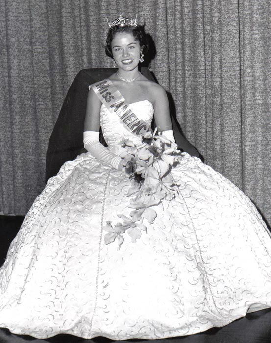 "<div class=""meta image-caption""><div class=""origin-logo origin-image none""><span>none</span></div><span class=""caption-text"">1961 - Nancy Fleming - Montague, MI  (Photo/Miss America Organization)</span></div>"