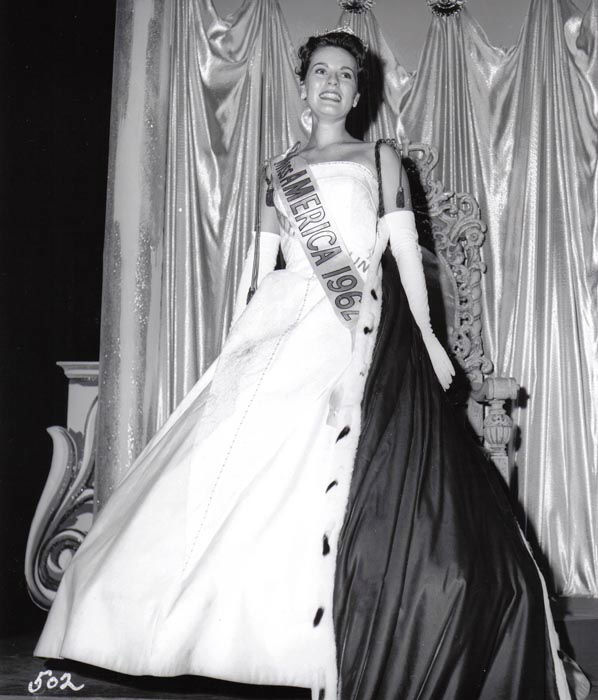 "<div class=""meta image-caption""><div class=""origin-logo origin-image none""><span>none</span></div><span class=""caption-text"">1962 - Maria Fletcher - Asheville, NC  (Photo/Miss America Organization)</span></div>"