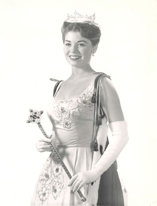 "<div class=""meta image-caption""><div class=""origin-logo origin-image none""><span>none</span></div><span class=""caption-text"">1964 - Donna Axum - El Dorado, AR   (Photo/Miss America Organization)</span></div>"