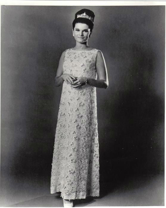 "<div class=""meta image-caption""><div class=""origin-logo origin-image none""><span>none</span></div><span class=""caption-text"">1967 - Jane Jayroe - Laverne, OK   (Photo/Miss America Organization)</span></div>"