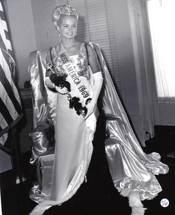 "<div class=""meta image-caption""><div class=""origin-logo origin-image none""><span>none</span></div><span class=""caption-text"">1969 - Judith Ford - Belvidere, IL   (Photo/Miss America Organization)</span></div>"