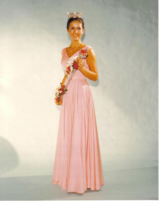 "<div class=""meta image-caption""><div class=""origin-logo origin-image none""><span>none</span></div><span class=""caption-text"">1976 - Tawny Godin - Saratoga Springs, NY  (Photo/Miss America Organization)</span></div>"