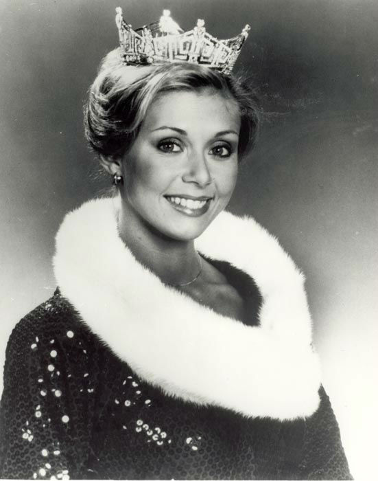 "<div class=""meta image-caption""><div class=""origin-logo origin-image none""><span>none</span></div><span class=""caption-text"">1979 - Kylene Barker - Roanoke, VA   (Photo/Miss America Organization)</span></div>"
