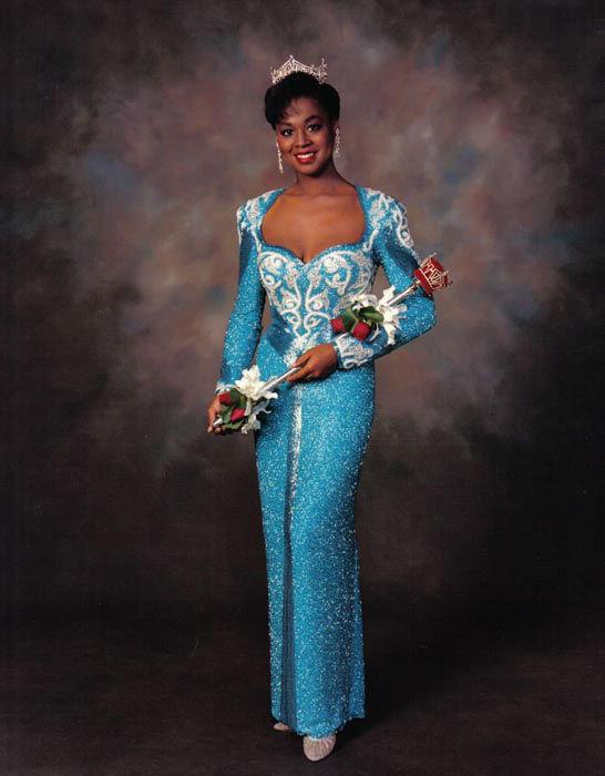 """<div class=""""meta image-caption""""><div class=""""origin-logo origin-image none""""><span>none</span></div><span class=""""caption-text"""">1991 - Marjorie Vincent - Oak Park, IL   (Photo/Miss America Organization)</span></div>"""