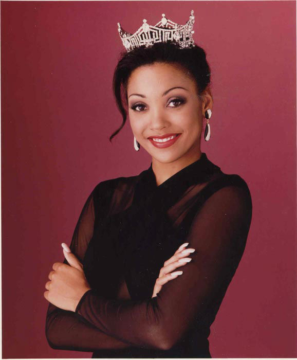 "<div class=""meta image-caption""><div class=""origin-logo origin-image none""><span>none</span></div><span class=""caption-text"">1994 - Kimberly Aiken - Columbia, SC  (Photo/Miss America Organization)</span></div>"