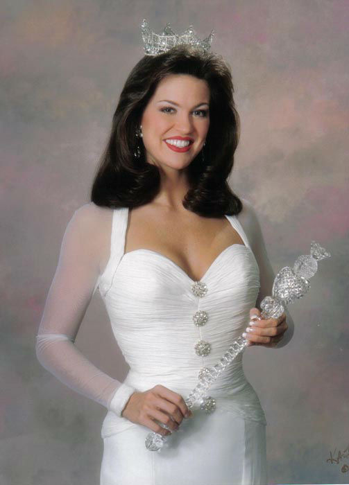 "<div class=""meta image-caption""><div class=""origin-logo origin-image none""><span>none</span></div><span class=""caption-text"">1997 - Tara Dawn Holland - Overland Park, KS  (Photo/Miss America Organization)</span></div>"