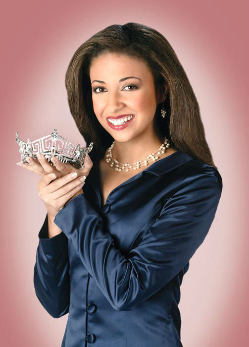 "<div class=""meta image-caption""><div class=""origin-logo origin-image none""><span>none</span></div><span class=""caption-text"">2003 - Erika Harold - Urbana, IL   (Photo/Miss America Organization)</span></div>"