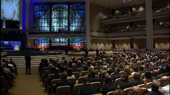 <div class='meta'><div class='origin-logo' data-origin='none'></div><span class='caption-text' data-credit='KTRK Photo/ KTRK'>Law enforcement from around the country gather at Second Baptist Church in Houston to honor fallen Deputy Darren Goforth</span></div>