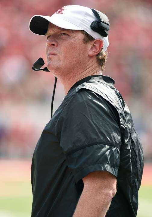 "<div class=""meta image-caption""><div class=""origin-logo origin-image ap""><span>AP</span></div><span class=""caption-text"">Houston head coach Major Applewhite watches from the sidelines during the first half of an NCAA college football game against Texas Tech, Saturday, Sept. 23, 2017, in Houston. (Eric Christian Smith)</span></div>"