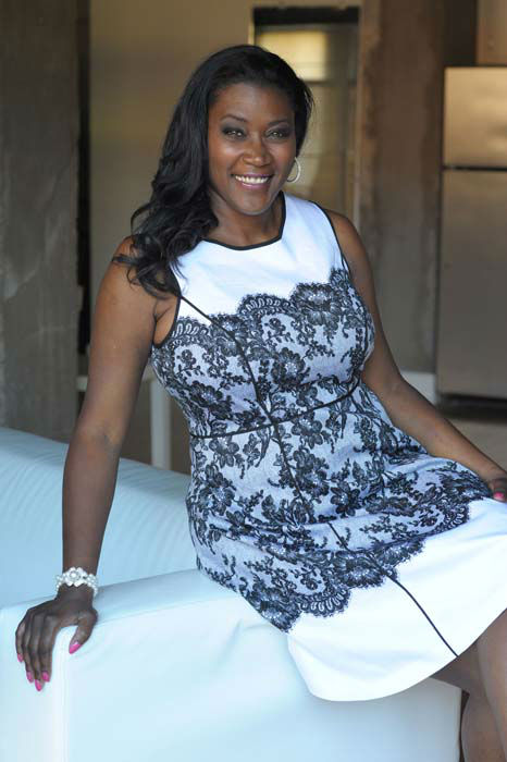 """<div class=""""meta image-caption""""><div class=""""origin-logo origin-image """"><span></span></div><span class=""""caption-text"""">Kerisha Mark suffered from a medical condition that gave her a 36NNN bust size. (KTRK Photo/ J. Golden Photography      )</span></div>"""