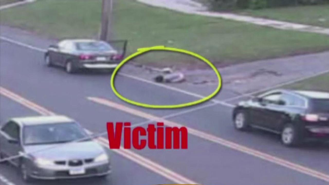 Girl jumps from vehicle driven by alleged sex predator