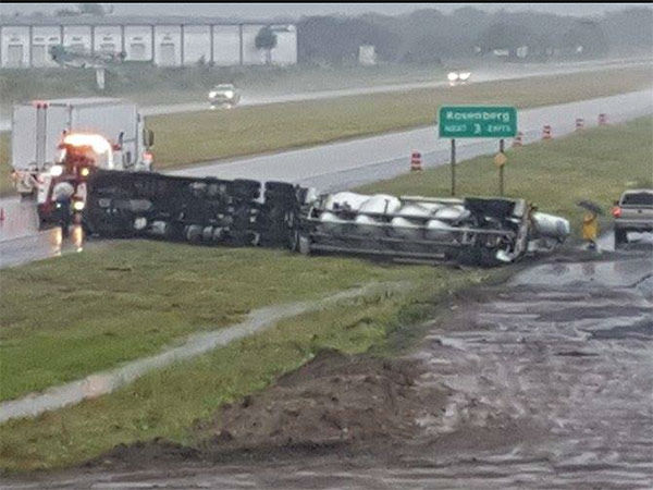 <div class='meta'><div class='origin-logo' data-origin='none'></div><span class='caption-text' data-credit='iWitness viewer/Alexandra Quinonez'>An overturned 18-wheeler in Fort Bend County. If you have photos, email them to news@abc13.com or upload them using #abc13eyewitness</span></div>