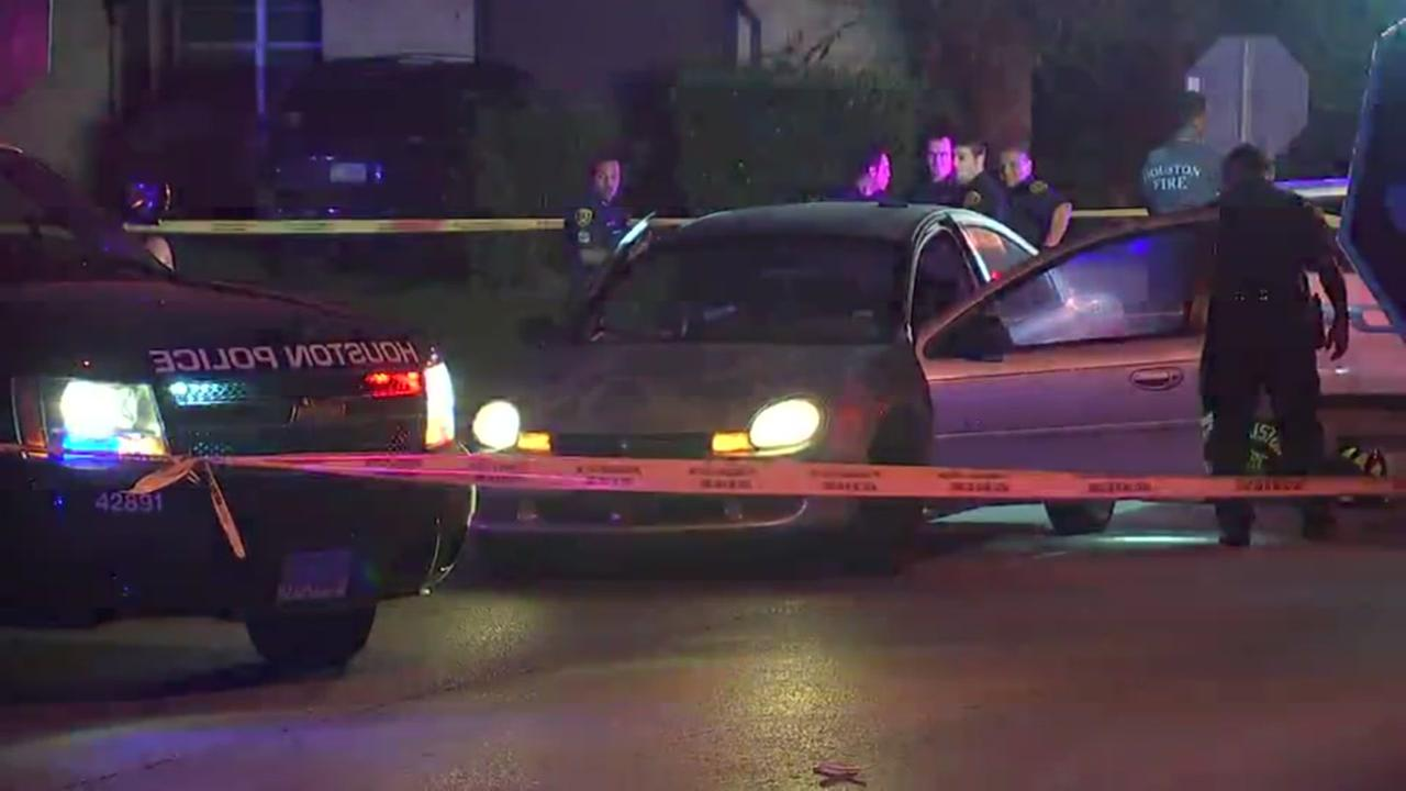 Homicide investigation underway in SE Houston