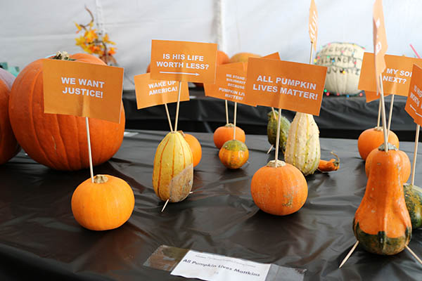 "<div class=""meta image-caption""><div class=""origin-logo origin-image ktrk""><span>KTRK</span></div><span class=""caption-text"">This is ""All Pumpkin Lives Mattkins"" by Danny Buentello as part of Adcetera's 19th annual pumpkin carving contest.</span></div>"