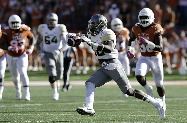 "<div class=""meta image-caption""><div class=""origin-logo origin-image ap""><span>AP</span></div><span class=""caption-text"">Baylor running back Shock Linwood (32) runs against Texas during the first half on a NCAA college football game. (AP Photo/Eric Gay)</span></div>"