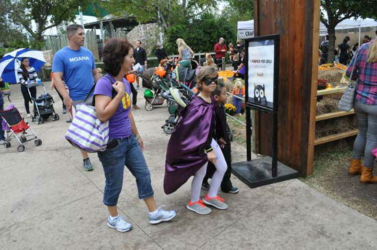 <div class='meta'><div class='origin-logo' data-origin='none'></div><span class='caption-text' data-credit='KTRK Photo/ Amanda Cochran'>Kids celebrate Halloween at the Houston Zoo's Zoo Boo event, which includes a maze, pumpkin patch, candy cave, and other activities.</span></div>