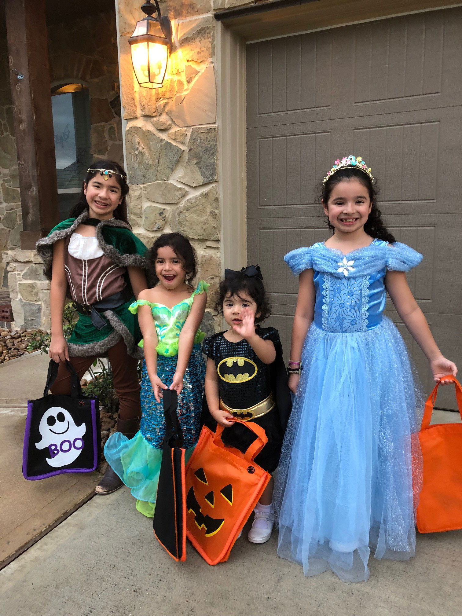 "<div class=""meta image-caption""><div class=""origin-logo origin-image none""><span>none</span></div><span class=""caption-text"">Consumer reporter Patricia Lopez had a house full of girl power for Halloween this year!</span></div>"