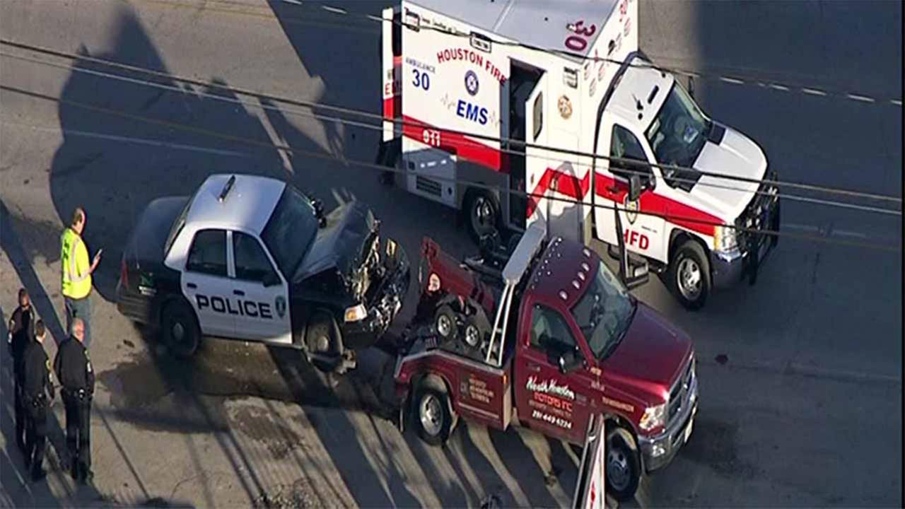 HPD officer involved in car accident