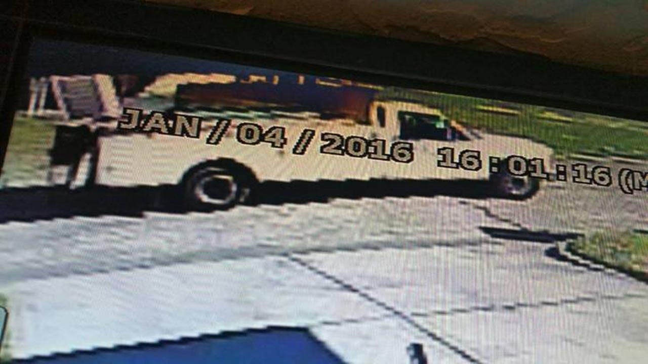 La porte police searching for men who tried to lure for La porte tx news