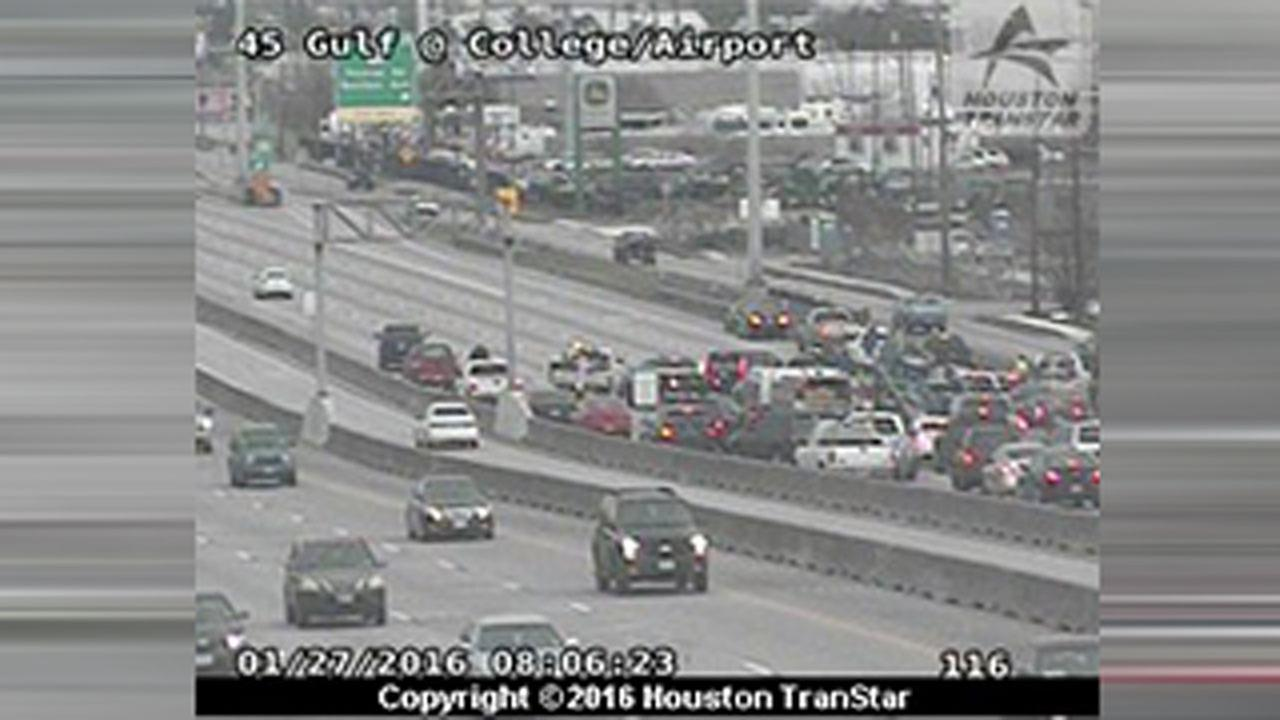 Traffic slow on Gulf Freeway inbound at Airport due to multi-vehicle accident