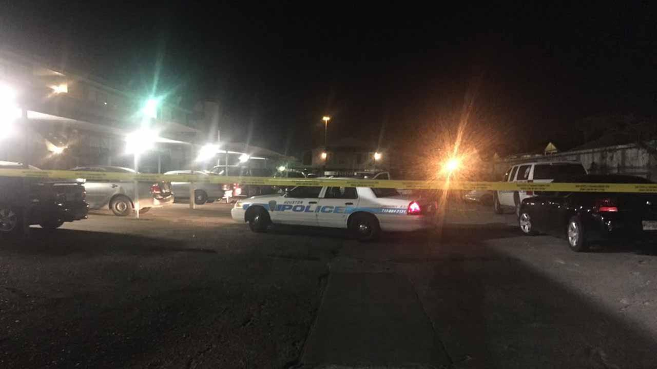 Fatal shooting in southwest Houston.