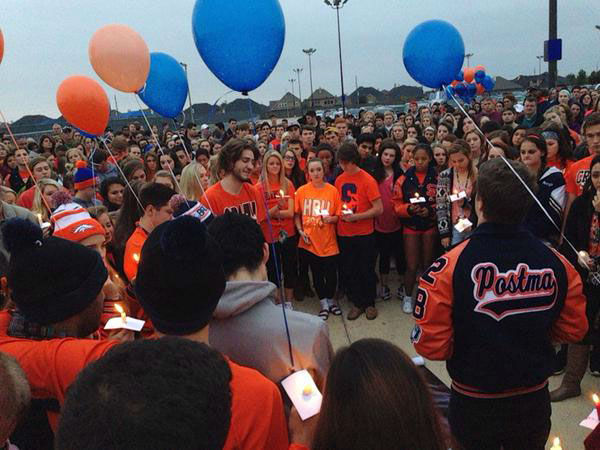 <div class='meta'><div class='origin-logo' data-origin='none'></div><span class='caption-text' data-credit=''>Students gathered at Seven Lakes Sunday to remember two students killed in a tragic wreck</span></div>