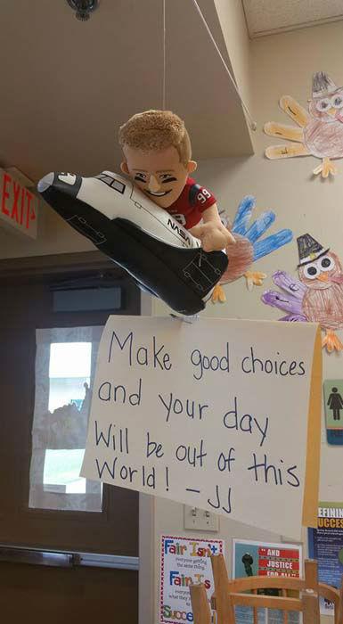 Houston Teacher Motivates Pre K Class With Jj Watt On The