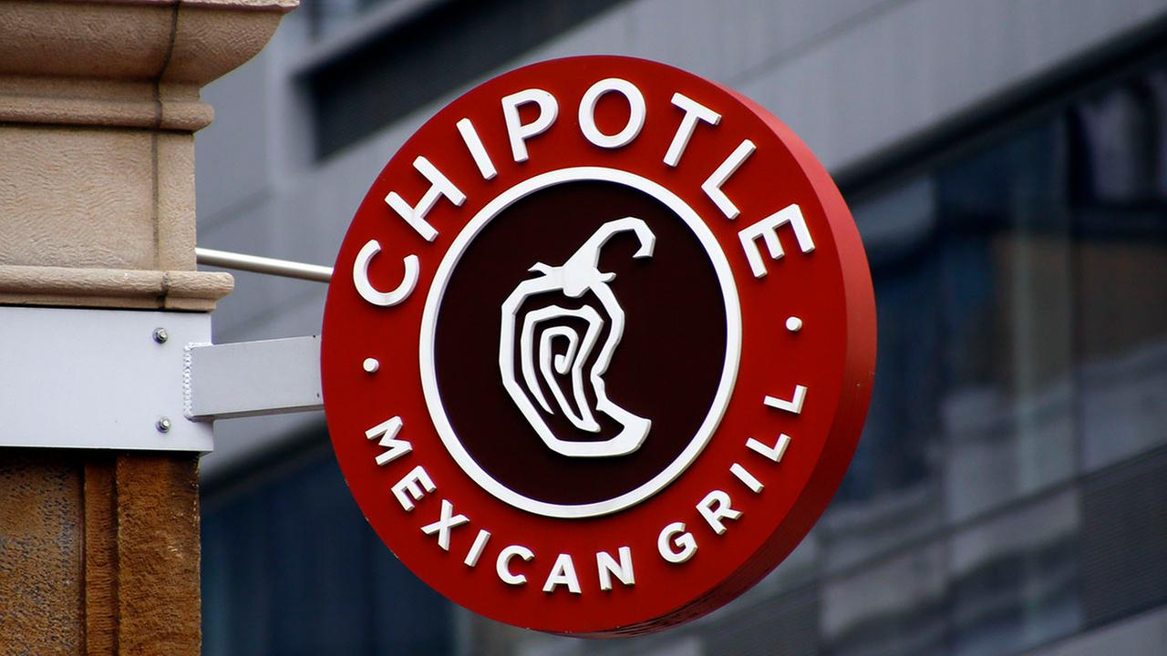 Chipotle to hire 5,000 people in one day