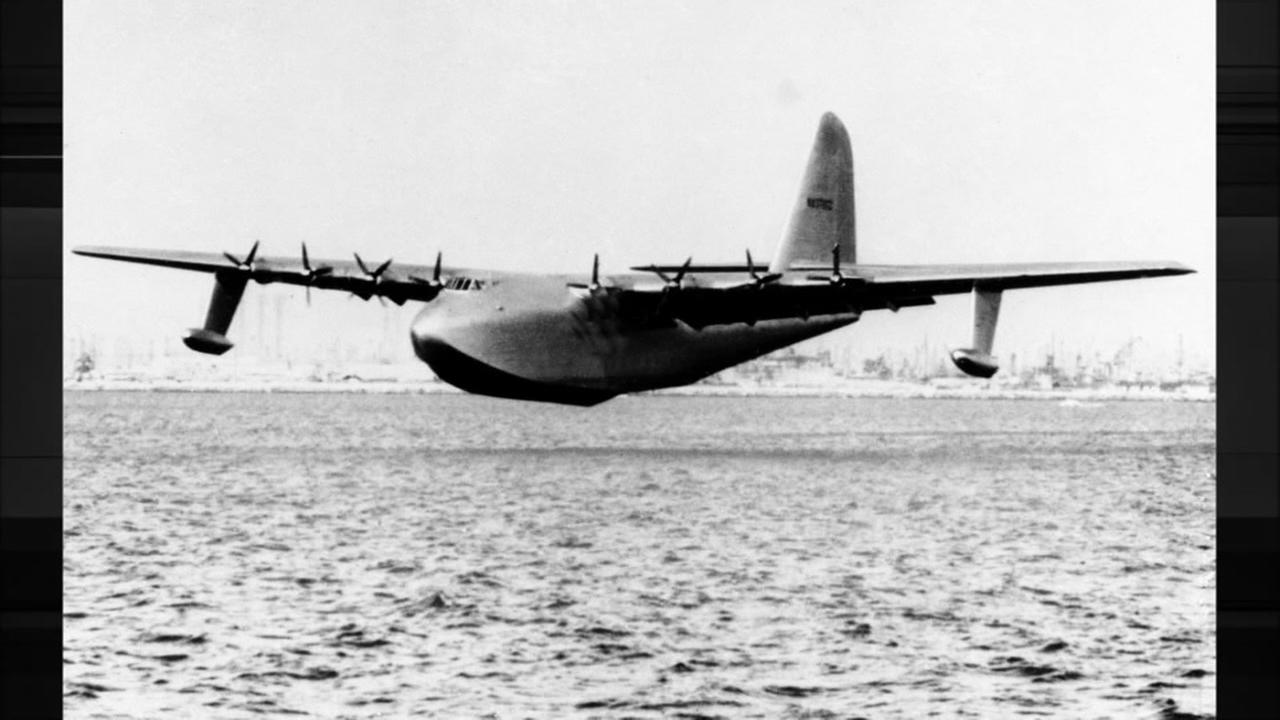 Howard Hughes huge sea plane, The Spruce Goose. Photo: AP