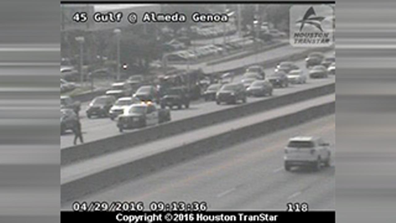Almeda Genoa at Gulf Freeway closure