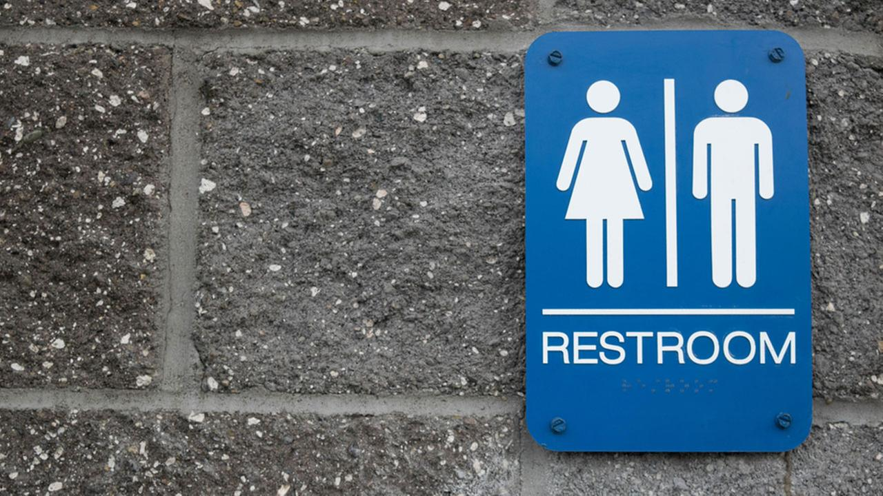 Trump administration lifts transgender bathroom guidance
