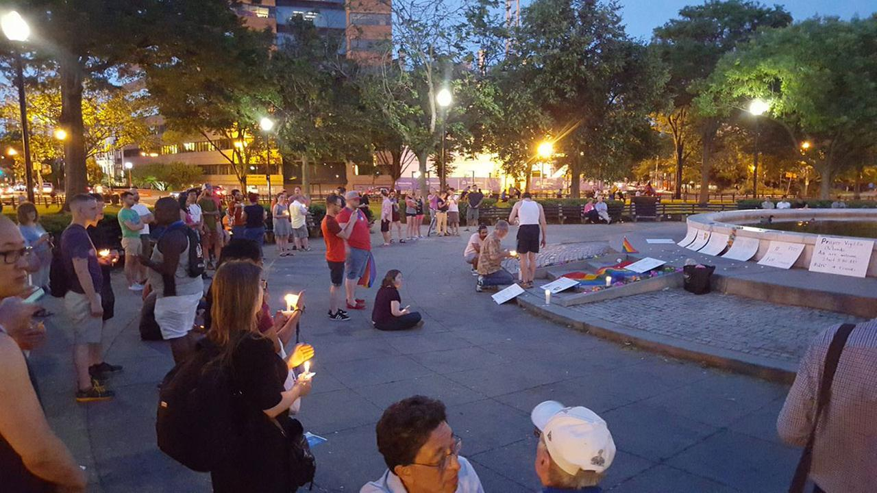 Mourners gather in DuPont Circle in Washington, DC.Bradley Baird