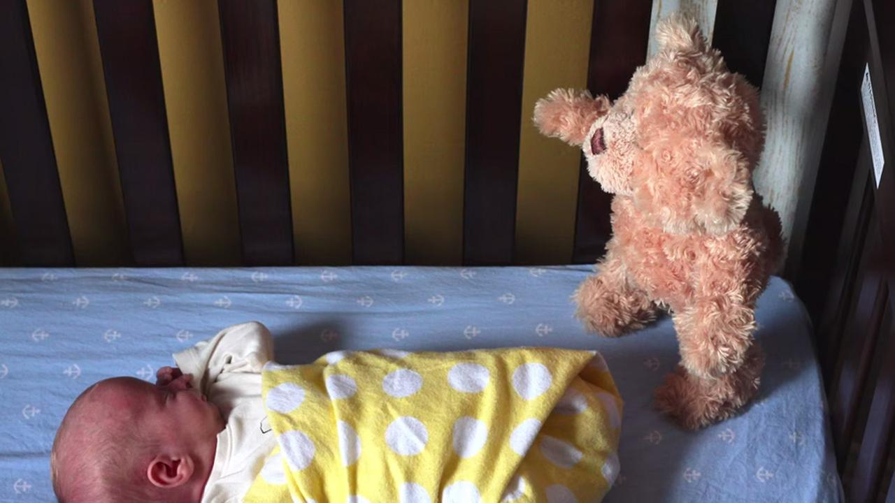 Baby bed youtube - Teddy Bear And Baby Star In Youtube Movie