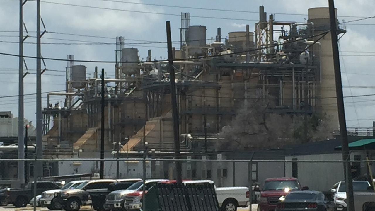 Exxon bomb threat