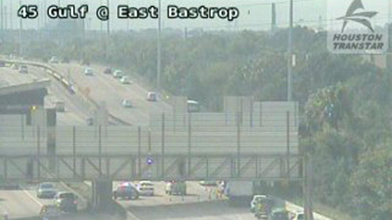 Motorcycle officer injured in accident on Gulf Freeway
