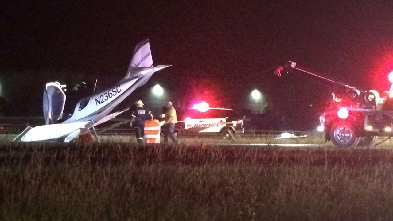 Plane lands on Minnesota interstate