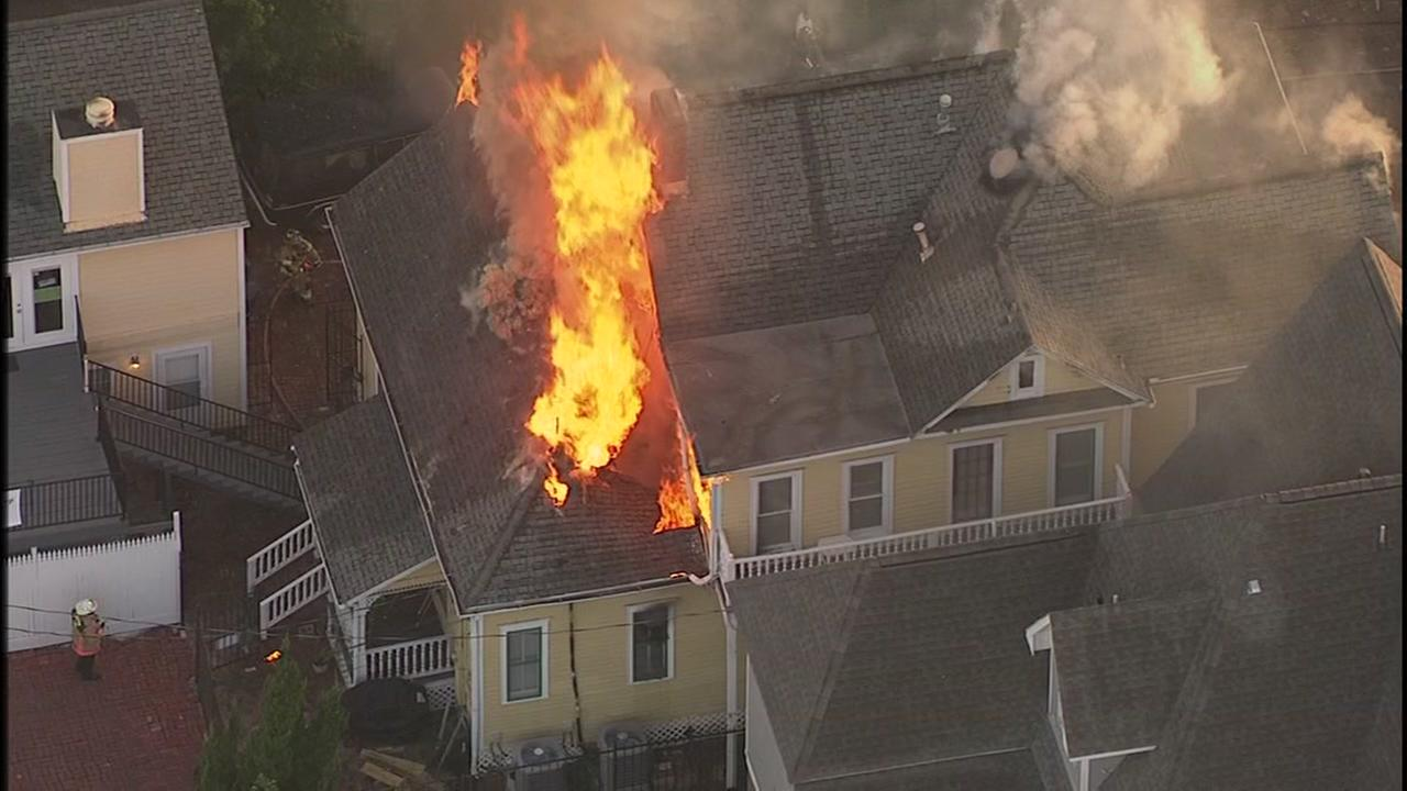 Fire destroys vacant home in the Heights, no one hurt