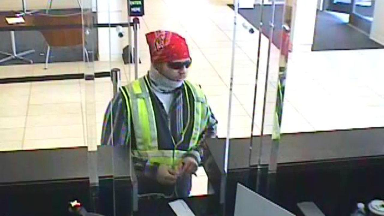 Man robbed bank disguised as construction worker