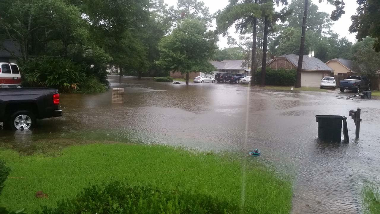 Flooding hits hard in NW Harris Co.