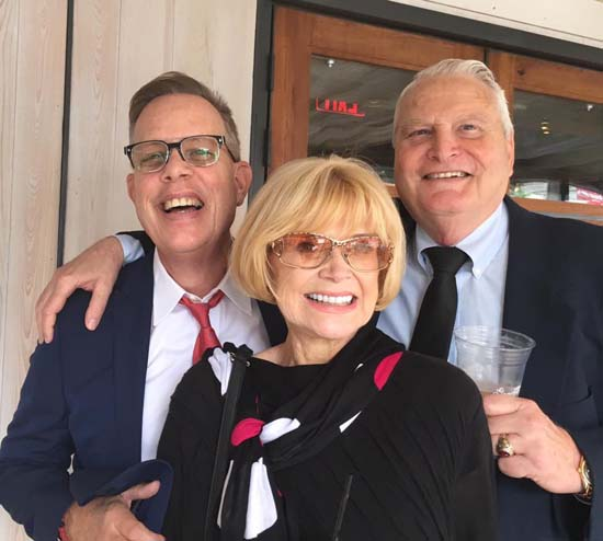 <div class='meta'><div class='origin-logo' data-origin='KTRK'></div><span class='caption-text' data-credit=''>Former Good Morning Houston anchor, Jan Glenn with her husband and a friend of Bob Allen</span></div>
